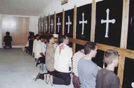 http://annoubine.tripod.com/sitebuildercontent/sitebuilderpictures/prayer.jpg
